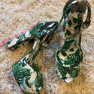 Aldo Shoes - Green & white leaf platform sandal